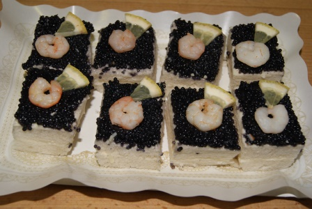 Elaboraci n de canap de caviar cetece for Canape de caviar